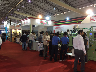 blow moulding machine manufacturer at expo