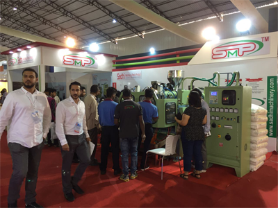 blow moulding machine manufacturers at expo in india