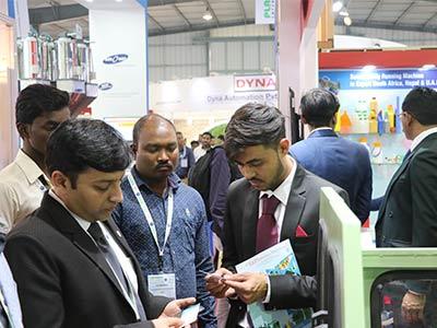 plast india 2018 sadhi machinery plastic blow moulding machine manufacturer